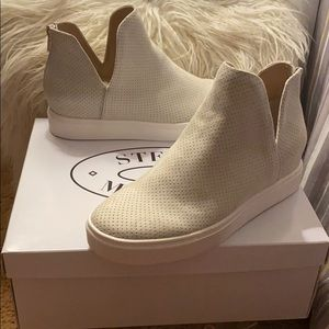 Steve Madden wedge sneakers with zipper. New